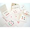 リトル・アイ 5:いち・に・さん…:3つ折りになったカードが12枚入っています。
