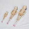 復刻版木製人形38cm:右端の人形です。