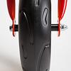 スクーター三輪 R1:丸っこい印象の溝形状