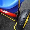 セイフティフラッグ:三輪車の場合、後輪フレームに取付けます。