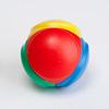 ロリット2018:一つのボールは4色の面に分けられています。