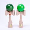 競技用けん玉大空 Premium:Premium透かし緑、通常の緑の比較