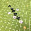 にゃんこならべ:プレイイメージ。芝生とにゃんこが可愛い