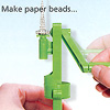 リサイクルペーパービーズ:紙をはさんで、クルクル巻きます