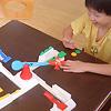 くるくるルーイ(くるりんパニック):「エイッ!」タイミングよくパドルを叩いて飛行機をスキップさせよう。