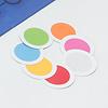それだっ! :自分のコマの色を心の中で決めたら、7枚の円形カードの山の一番下にその色を置きます。