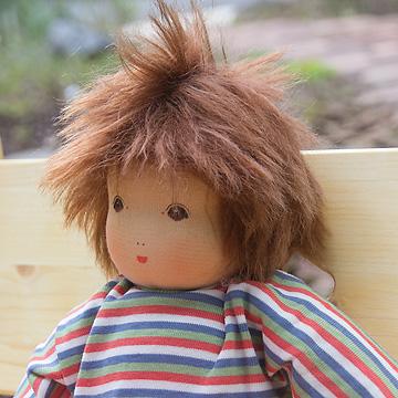 ナンヒェン抱き人形男の子 32cm