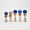 競技用けん玉新富士:左から、小けん玉、けん玉初級、新富士、オフィシャル、大空