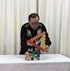 相沢康夫積み木ショー2011:相沢の作品「ハニカム」
