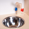 N流し台+オーブン:シンクはステンレス製のボウル。蛇口は混合栓になっています。