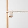 ミャウ バギートイ:木玉を使って棒などにくくり付けます