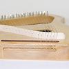 大型ソプラノライヤー 35音:画像を拡大する  弦の高さは2段。上はピアノの白鍵、下は黒鍵に相当。