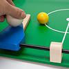 木製キックサッカー:フリッパーは回転させたり、スライドさせたりできます。